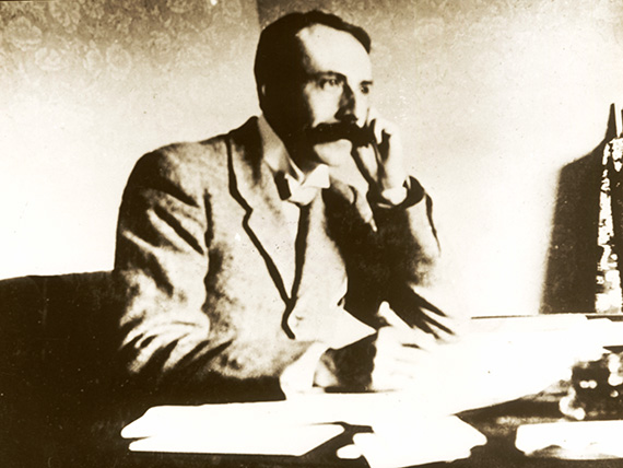 Elgar shortly after the completion of The Dream of Gerontius